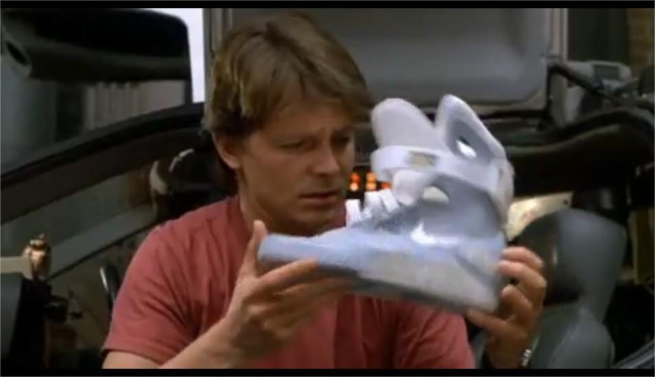 Il ritorno delle scarpe autoallaccianti di Ritorno al futuro fa94a5393a3